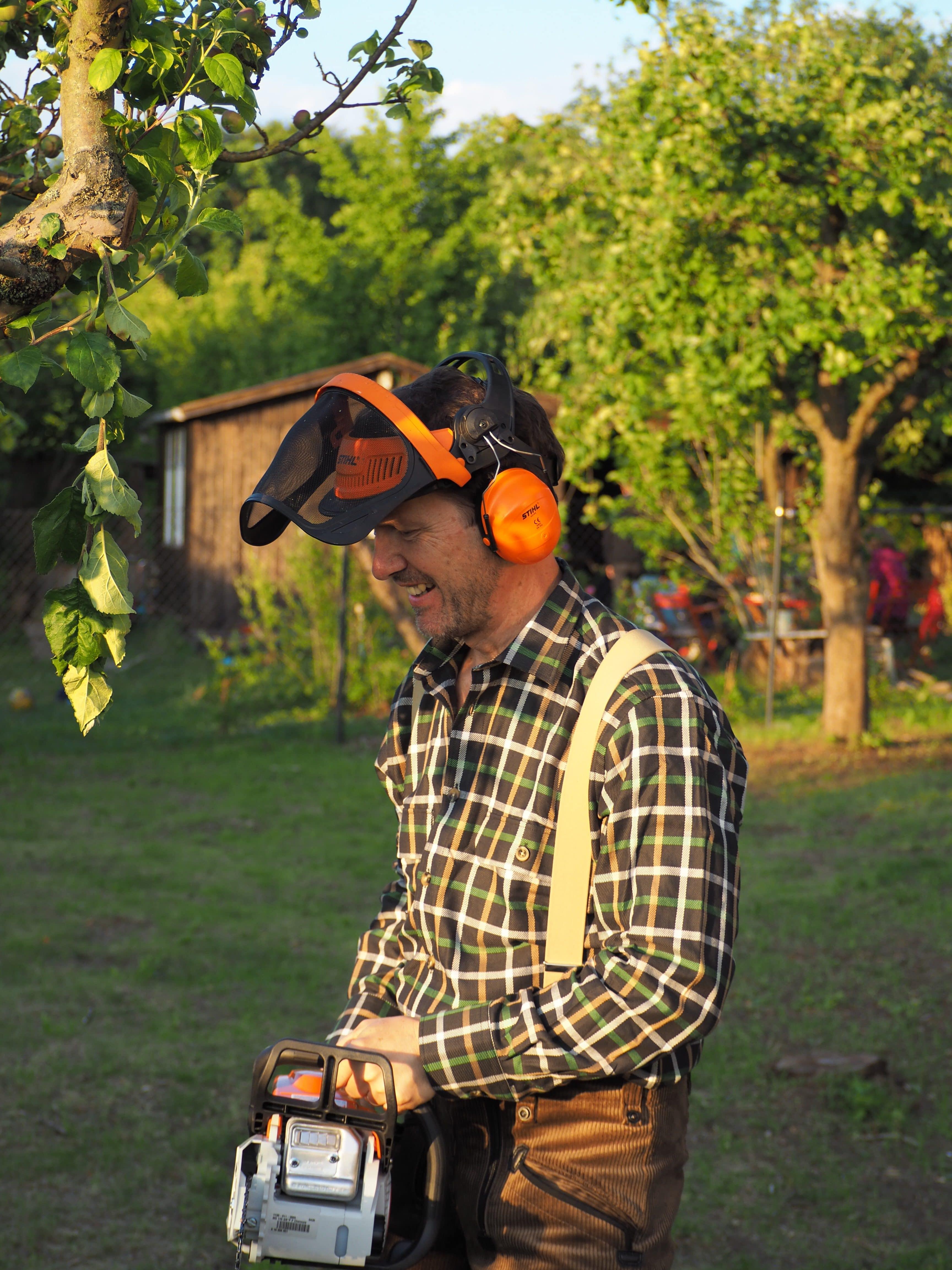 Gartenarbeiten, Baumpfleger, Planung für den Feinschliff