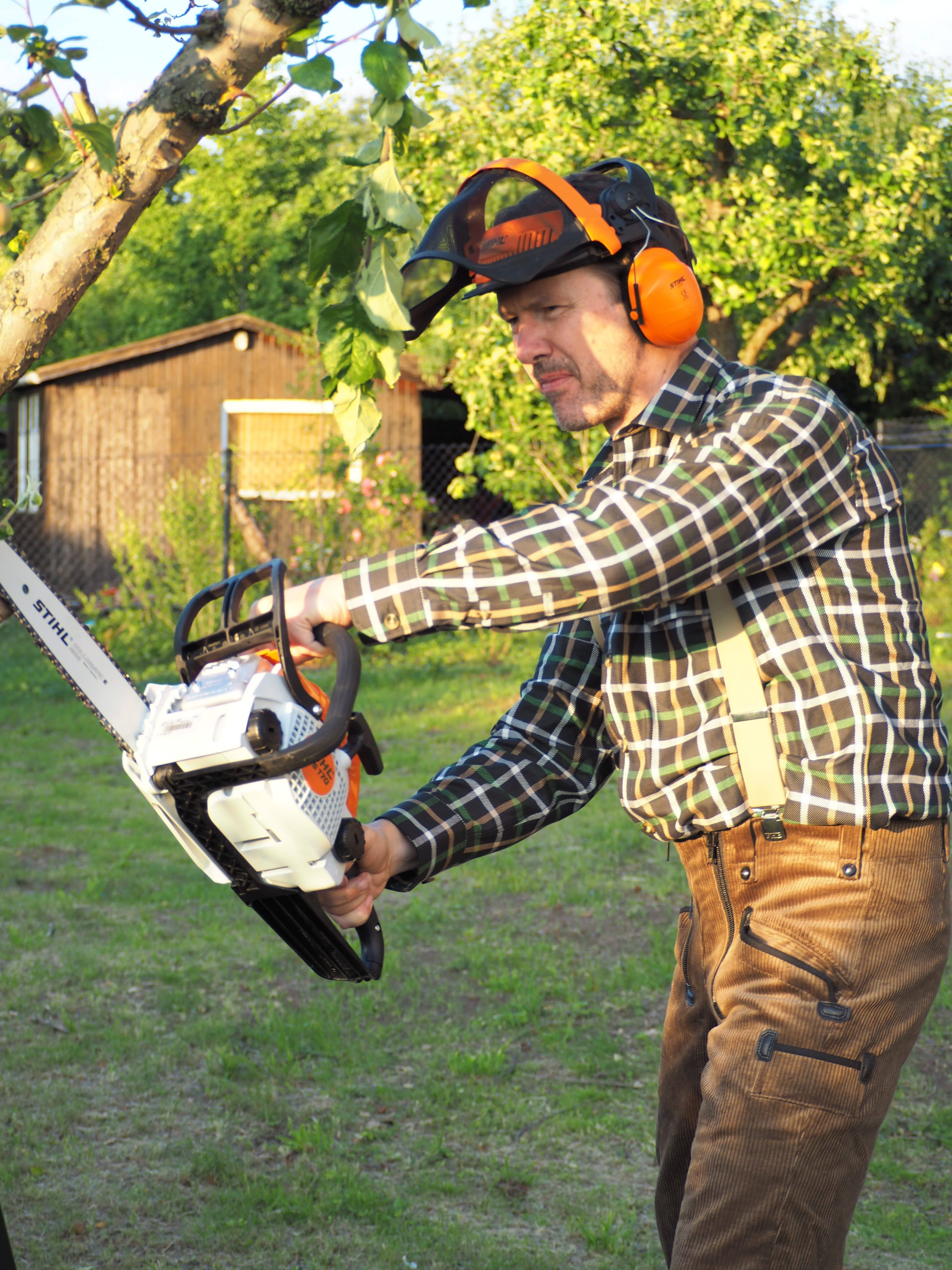 Gartenarbeiten, Baumpfleger, Sägearbeiten